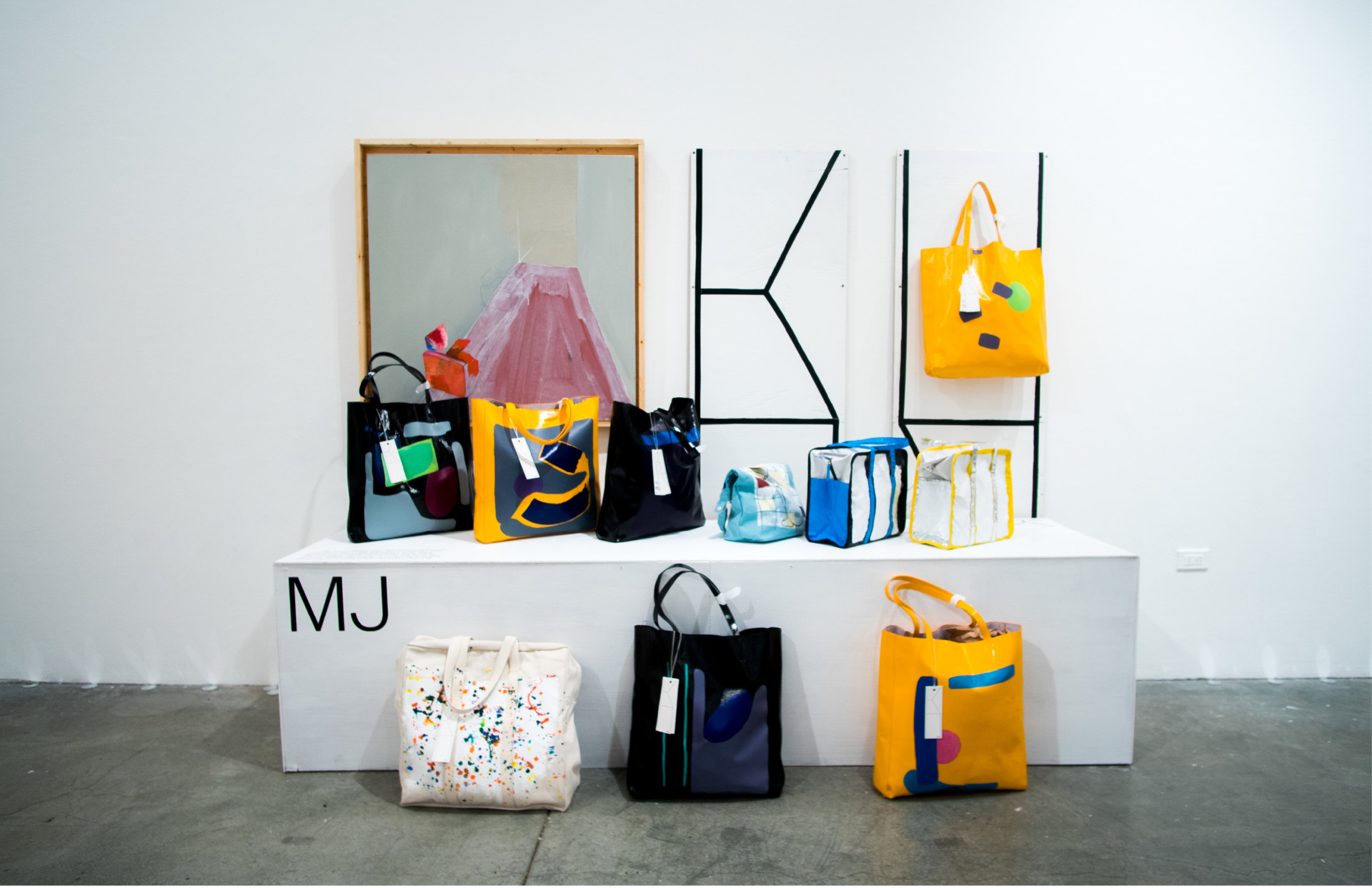 P-KIM +0+ EXHIBITION: MJ POP-UP STORE